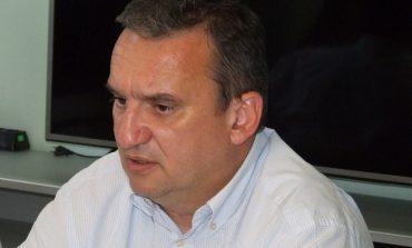 Областният управител сезира двама министри за крави в Балкана и зеленчуковата борса