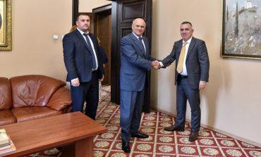 Стефан Радев и посланик Хронопулос обсъдиха възможности за сътрудничество между Сливен и гръцки град