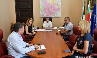 Кметовете на Сливен и Елена обсъдиха сътрудничество между общините