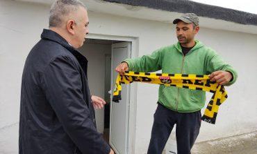 Стефан Радев инспектира ремонти, получи шал на Ботев